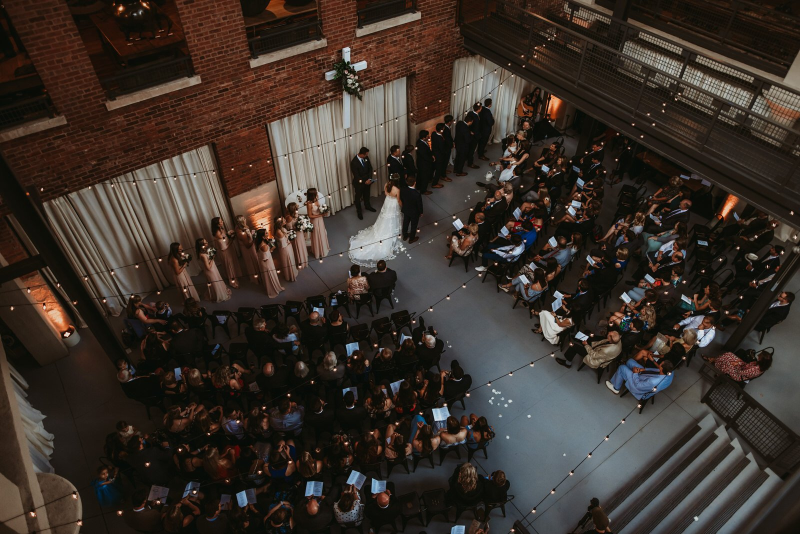 Architectural artifacts wedding photography, the adamkovi