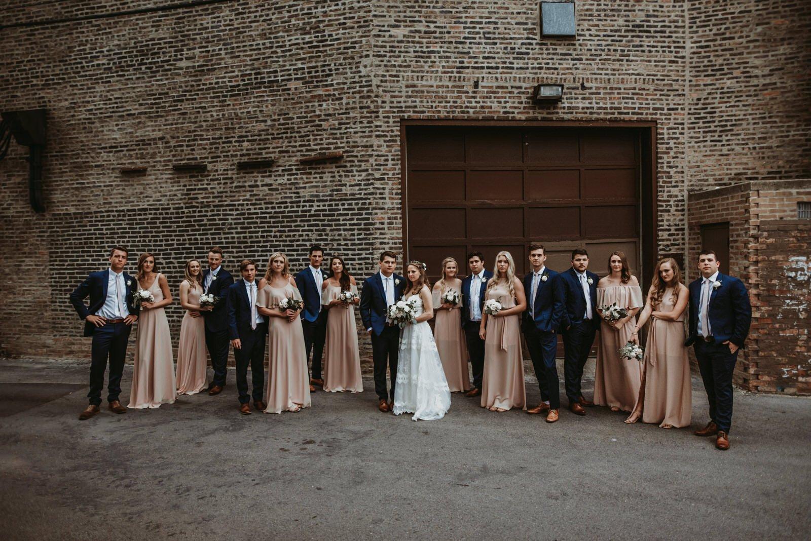 large wedding party chicago wedding photographer