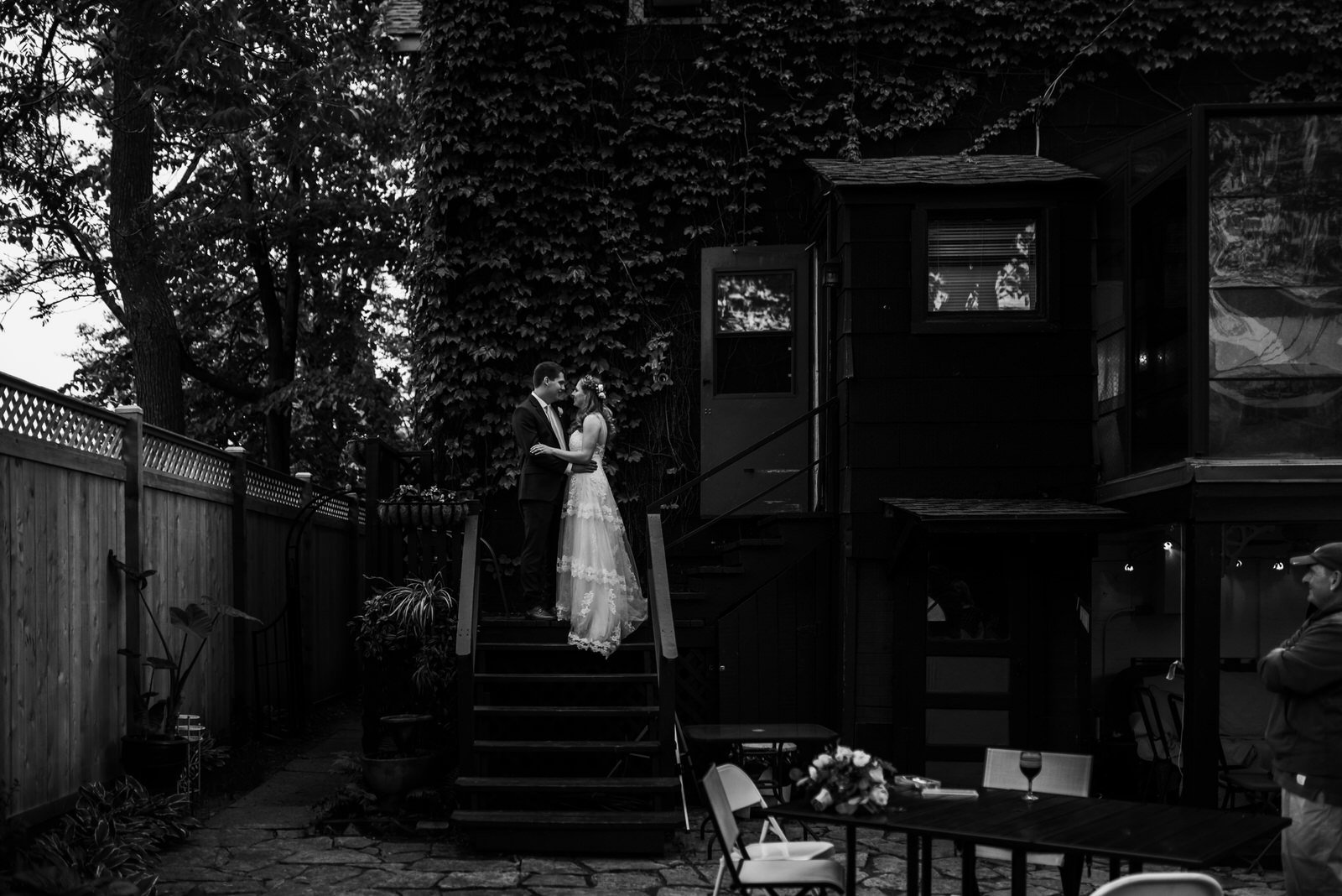 Chicago backyard wedding photography, wedding photographer
