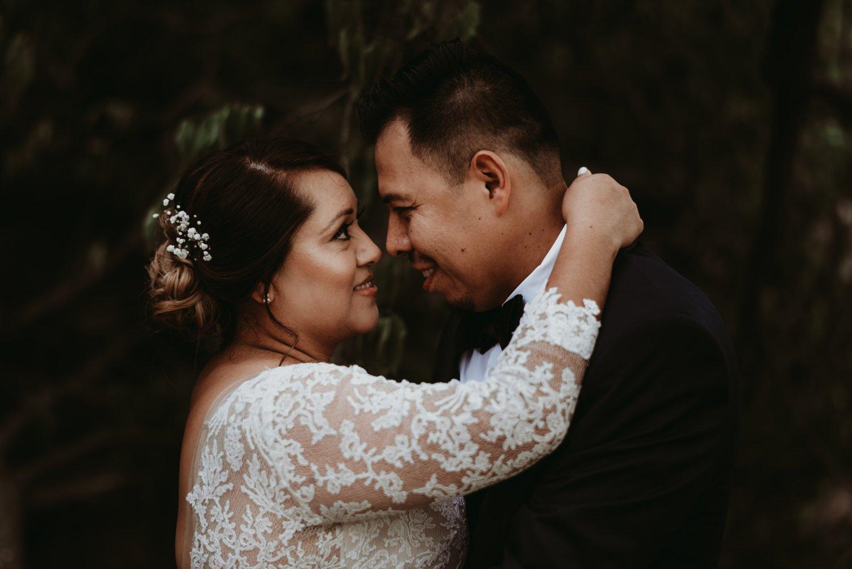 Chicago vow renewal, Chicago wedding photography, romantic couple, The Adamkovi