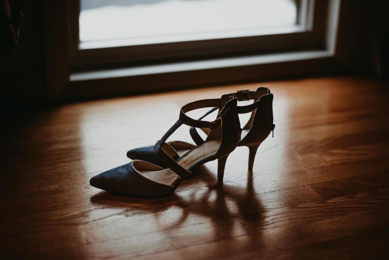 bridal shoes detail photo - the Adamkovi - Chicago wedding photography