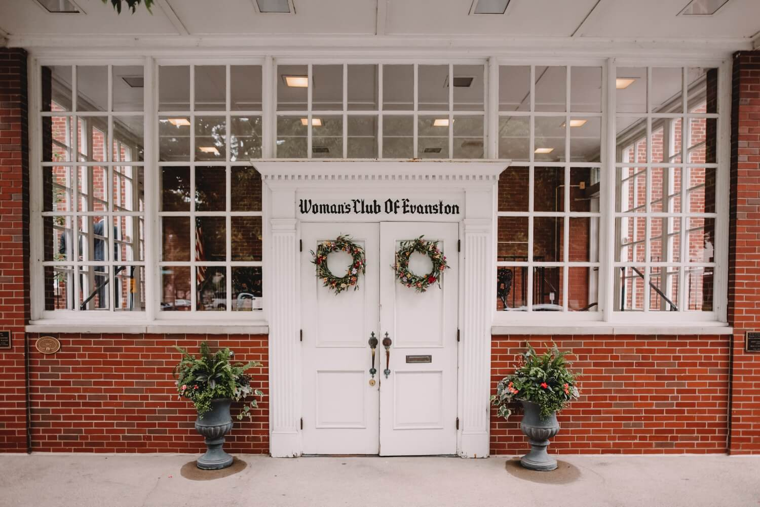 main entry door, The Women's Club of Evanston Wedding Photographer - The Adamkovi, Chicago wedding Photographer
