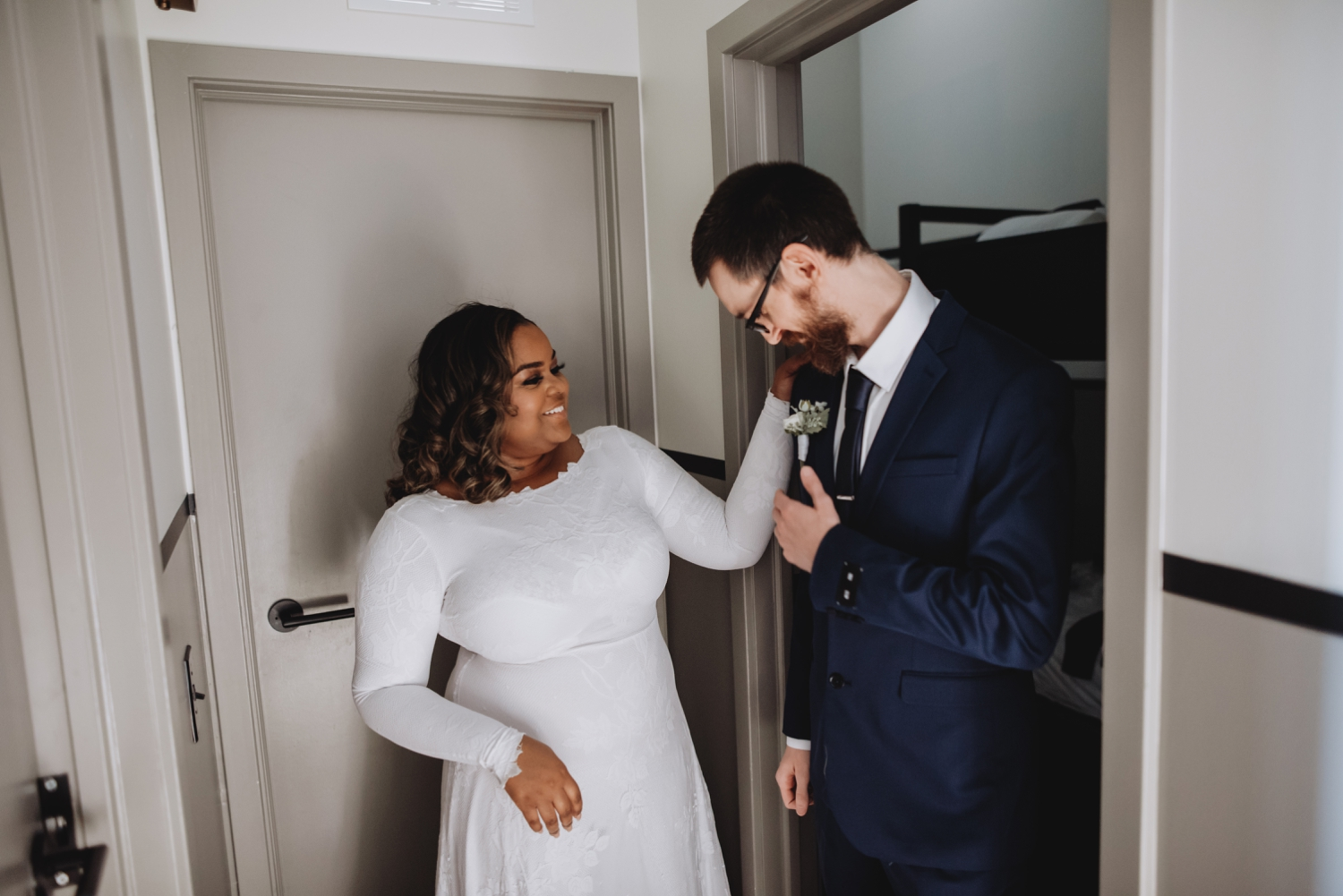 Chicago Elopement photographer - The Adamkovi, bride and groom first look