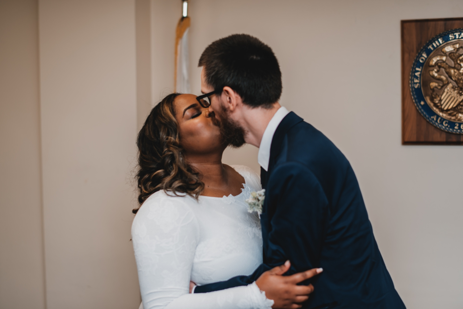 Chicago Elopement photographer - The Adamkovi, bride and groom first kiss
