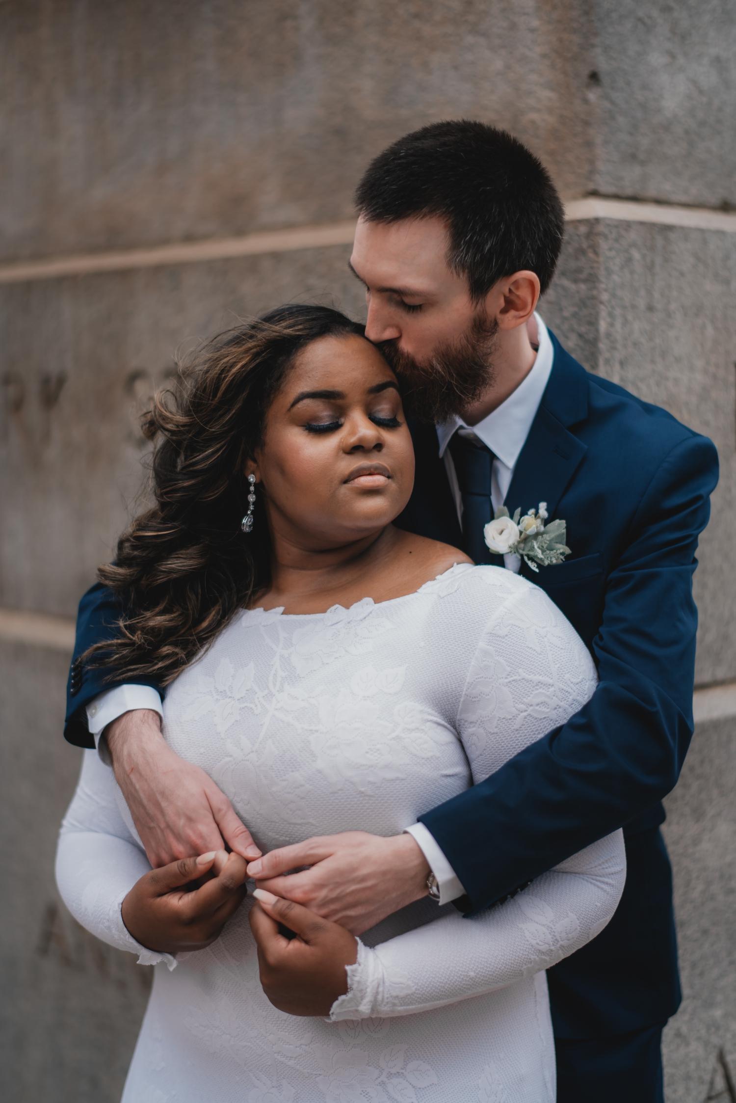 Chicago Elopement photographer - The Adamkovi, bride and groom romantic photo