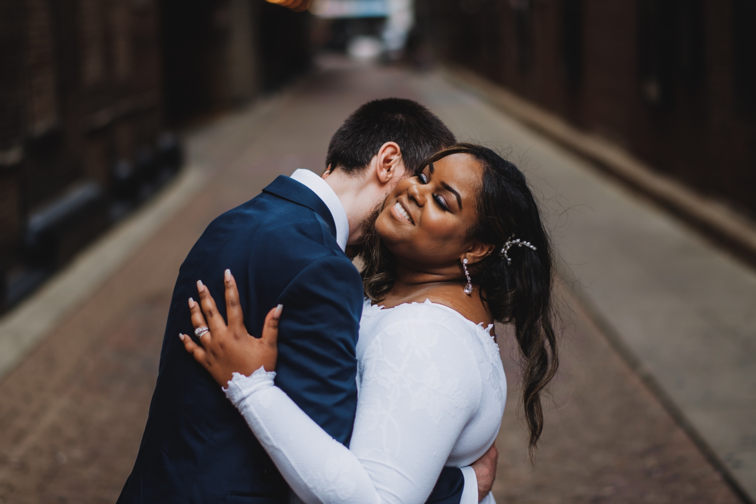 Chicago Elopement photographer - The Adamkovi, bride and groom laughing