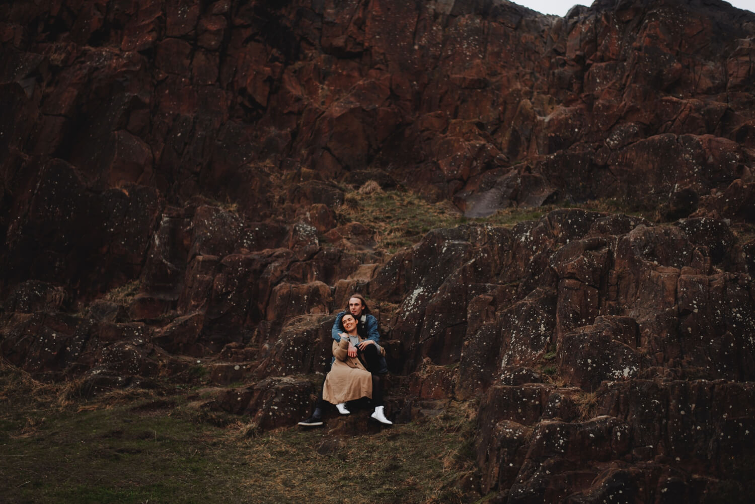 Scotland Couple Photoshoot - Destination wedding photographer - The Adamkovi, salisbury crags, couple in love