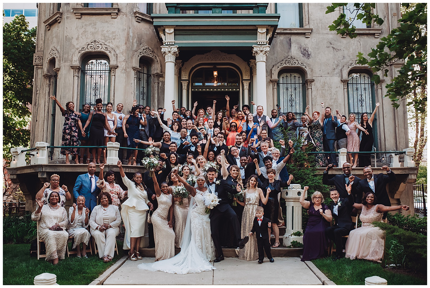 Keith House Chicago Wedding, The Adamkovi, photo of all the guests on the front stairs