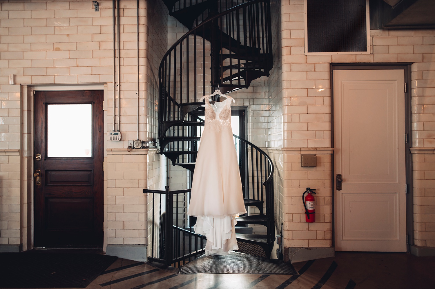 Firehouse Chicago Wedding - dress