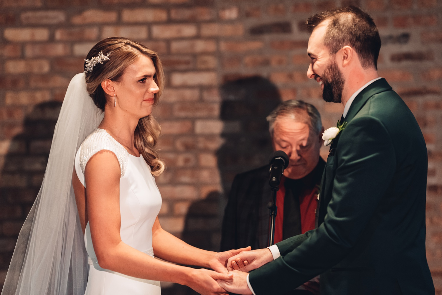 Artifact Events Fall Chicago Wedding - The Adamkovi ceremony