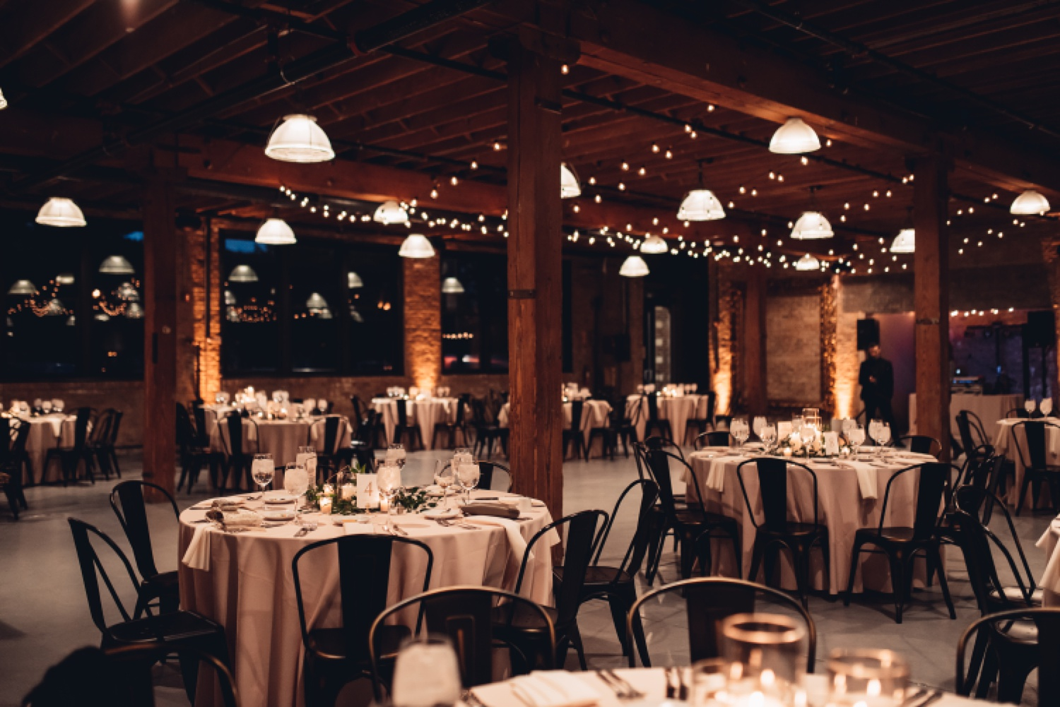 Artifact Events Chicago Wedding - The Adamkovi reception space