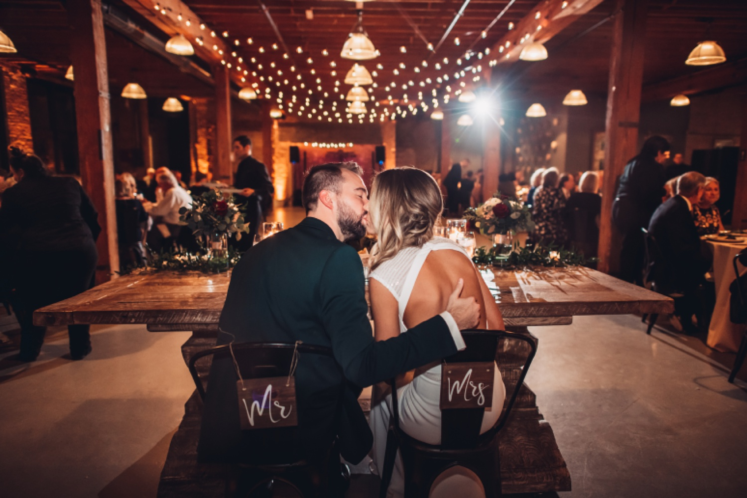 Artifact Events Chicago Wedding - The Adamkovi kiss