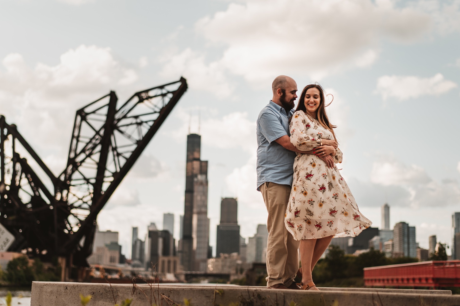 Ping Tom Park Chicago Engagement Session - The adamkovi Chicago Skyline
