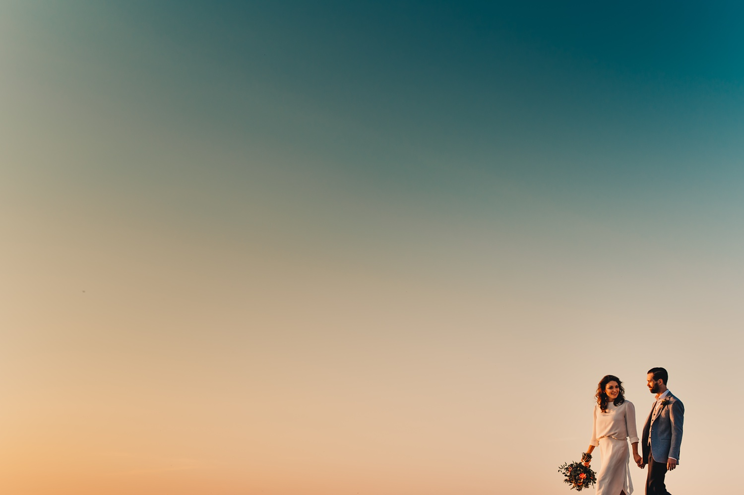 Sunrise Chicago Wedding - The Adamkovi, bride and groom creative portraits, Lake Michigan