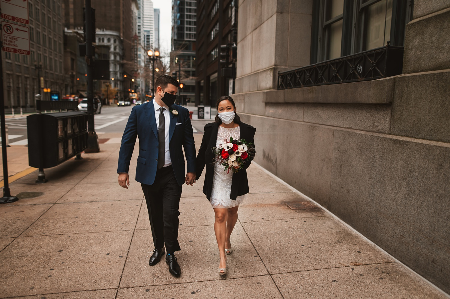 Chicago Courthouse Elopement wedding - The Adamkovi